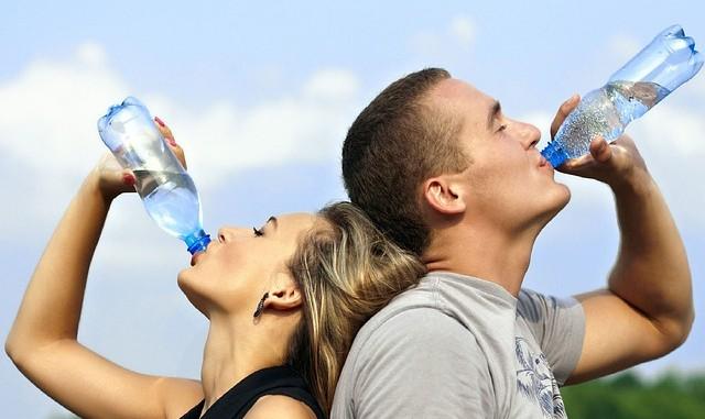 Kouzlo spočívá jen v uzávěru plastové lahve!