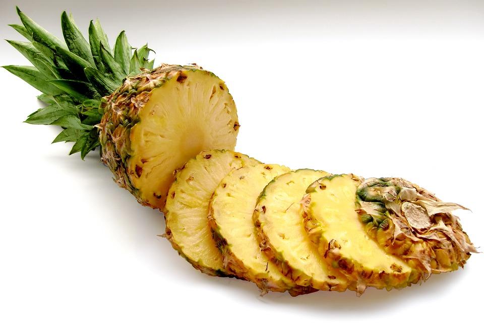 Trápí vás křečové žíly? Vyzkoušejte ananas!