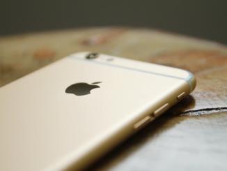 Dostat se dovnitř iPhonu je umění. Nezvládne to každý